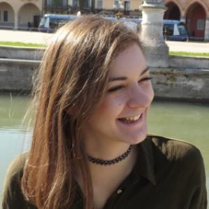 CeciliaB. è Baby sitter Padova (PD),   Aiuto compiti Padova (PD)